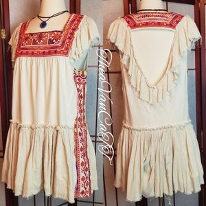 FREE PEOPLE ♡ Embroidered Peasant Girl Sundress! ♡